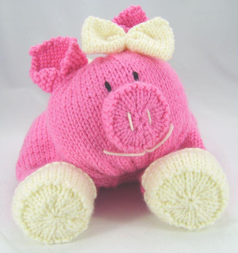 pig pyjama case in chunky knitting pattern
