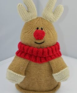 reindeer toilet roll cover knitting pattern