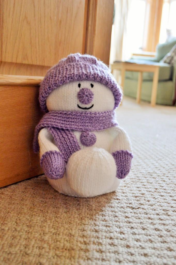 Snowman Doorstop Knitting Pattern - Knitting by Post