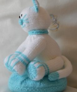 Claude the Cat Soft Toy Knitting Pattern side