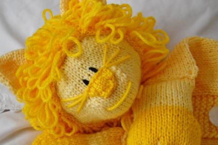 lion front knitting pattern