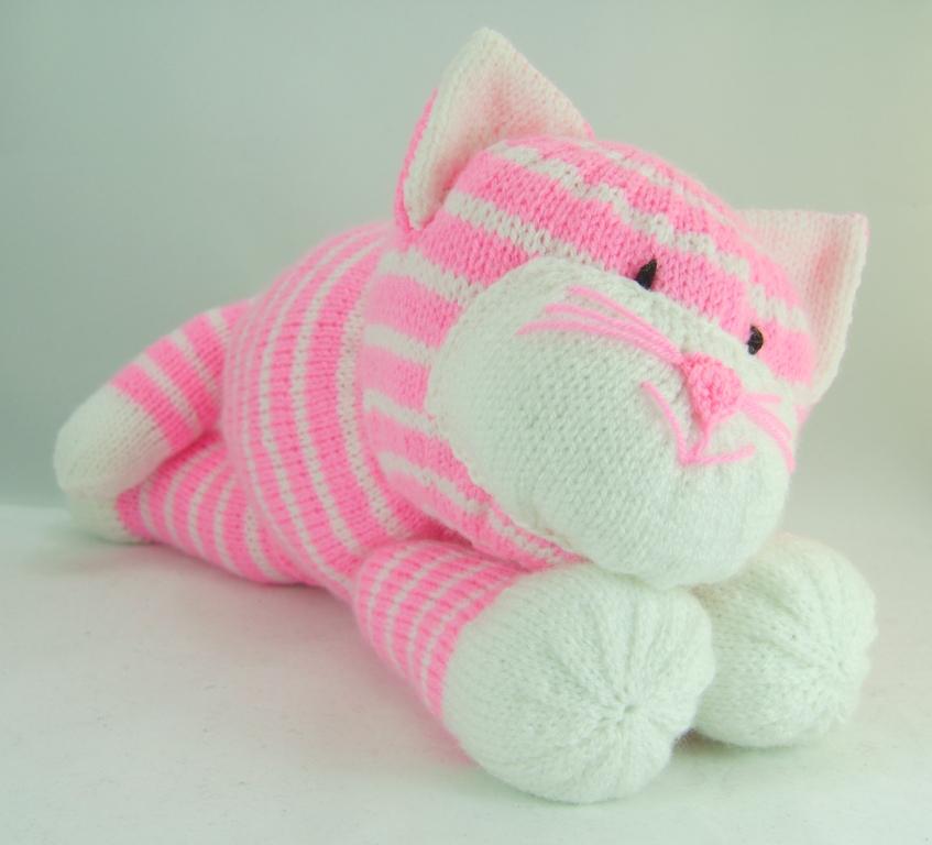Cat Knitting Patterns – Knitting by Post