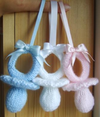 knitted dummy pattern soother