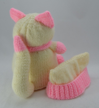 Knitting Patterns For Cat Clothes Or Toys : Cat Doorstop Knitting Pattern   Knitting by Post