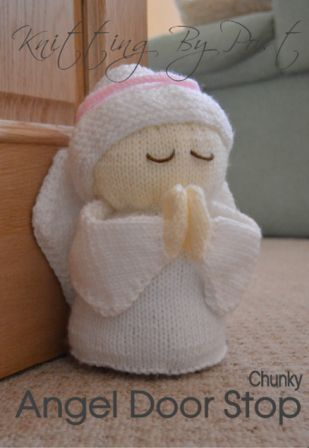 angel praying doorstop knitting pattern in white and cream chunky