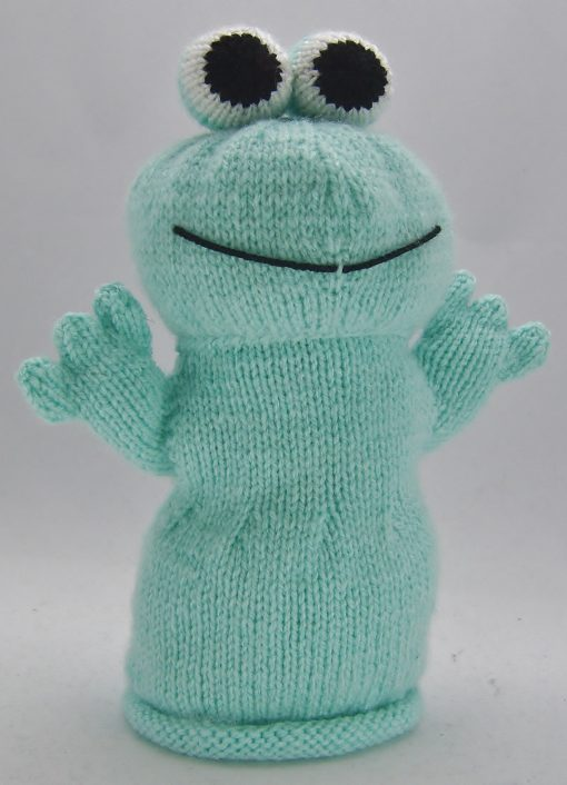 frog hand puppet knitting pattern in green waving