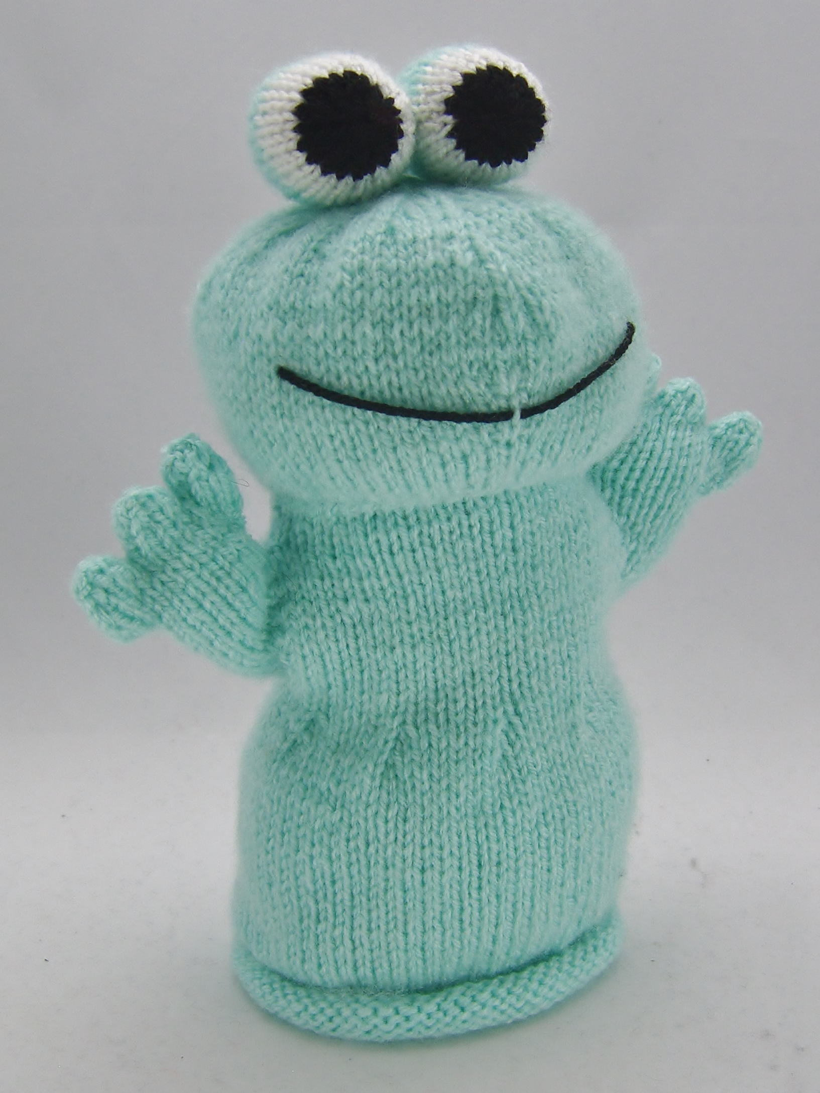 Frog Hand Puppet Knitting Pattern – Knitting by Post