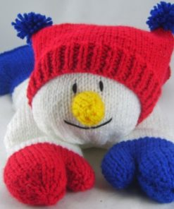 smiling snowman pyjama case knitting pattern red white blue chunky yarn