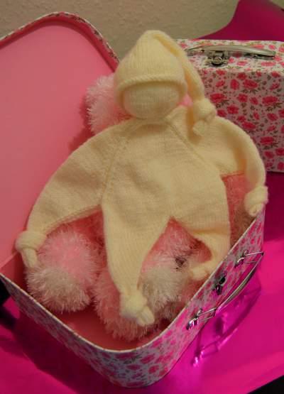 doll comforter  knitting pattern