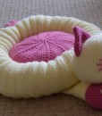 Cat pet bed knitting pattern