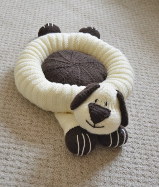 Doggy Snuggler Pet Bed   Knitting by Post