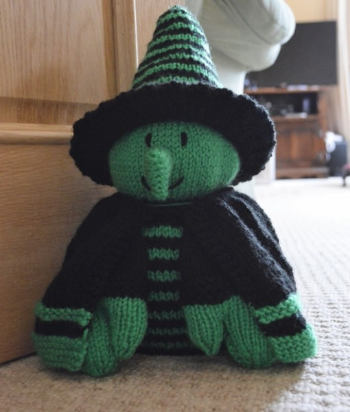 knitted witch pattern