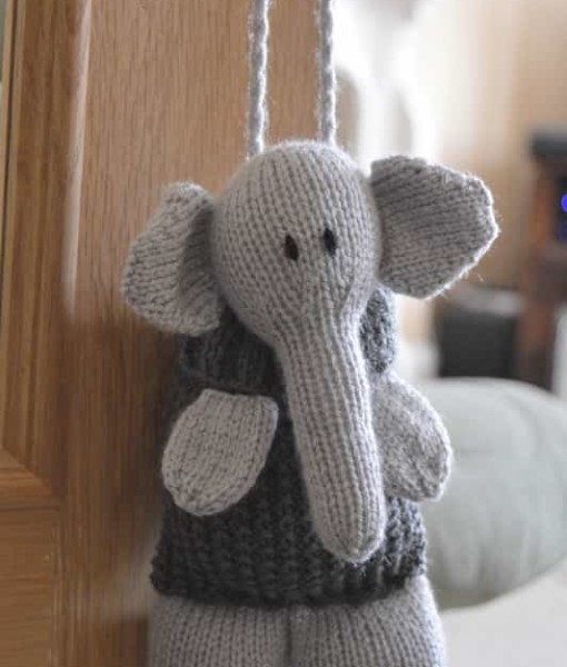 Knitting Pattern For Baby Elephant : Elephant Baggles Gift Bag   Knitting by Post