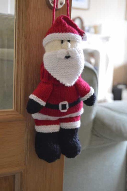 Santa Baggles Gift Bag Knitting Pattern
