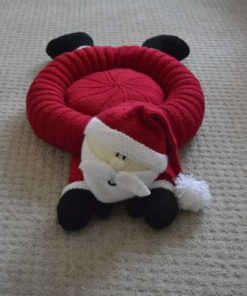 Santa Snuggler Pet Bed Knitting Pattern