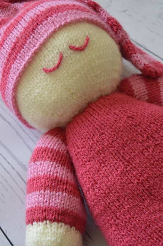 Easy Knitting Patterns Toys : Easy Knit Dolly Soft Toy   Knitting by Post