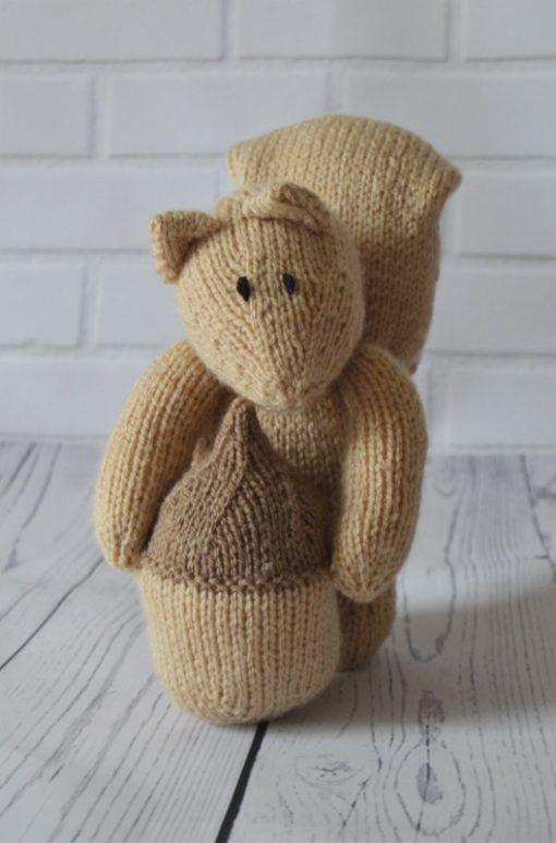 squirrel knitting pattern