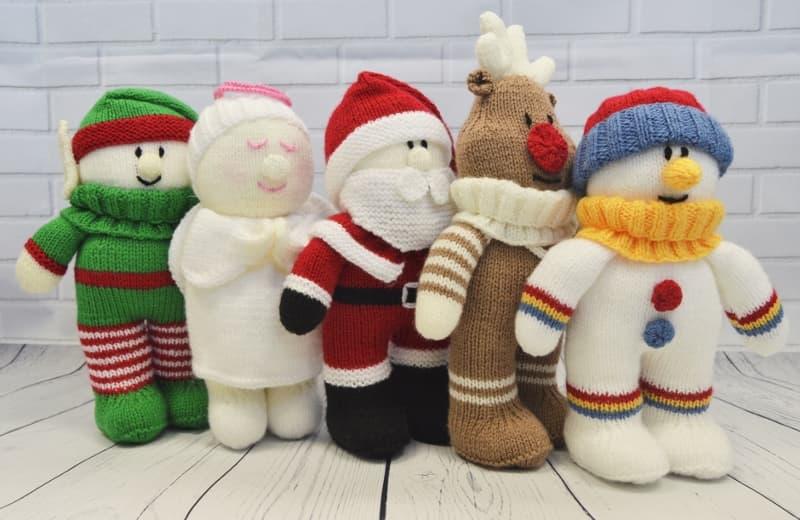 festive friends santa angel reindeer elf snowman - Snowman Santa