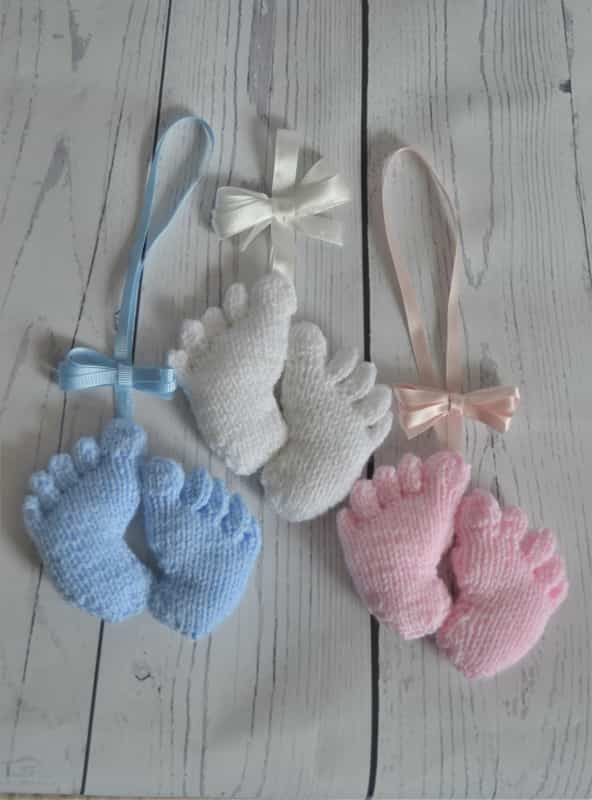 baby feet charm knitting pattern knitting by post