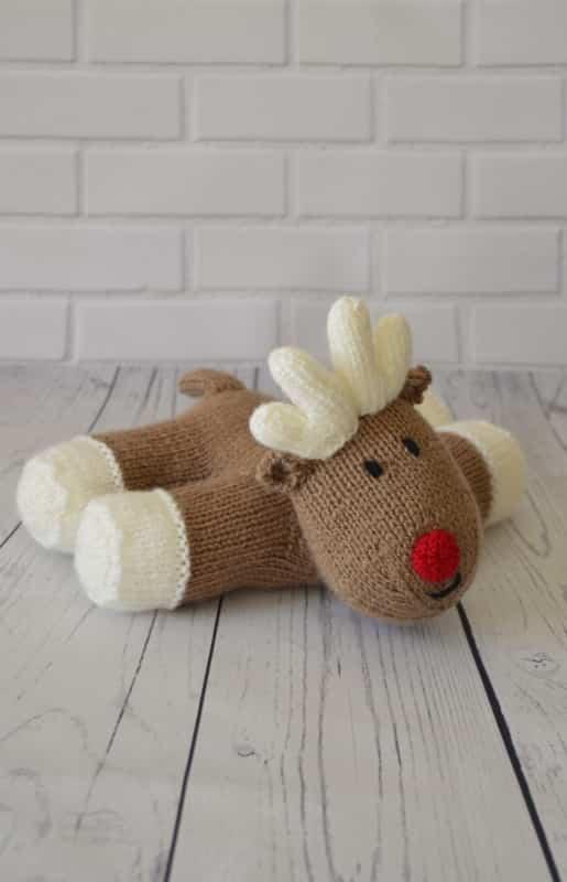 Reindeer Knitting Pattern Free : Lazy Reindeer Knitting Pattern   Knitting by Post