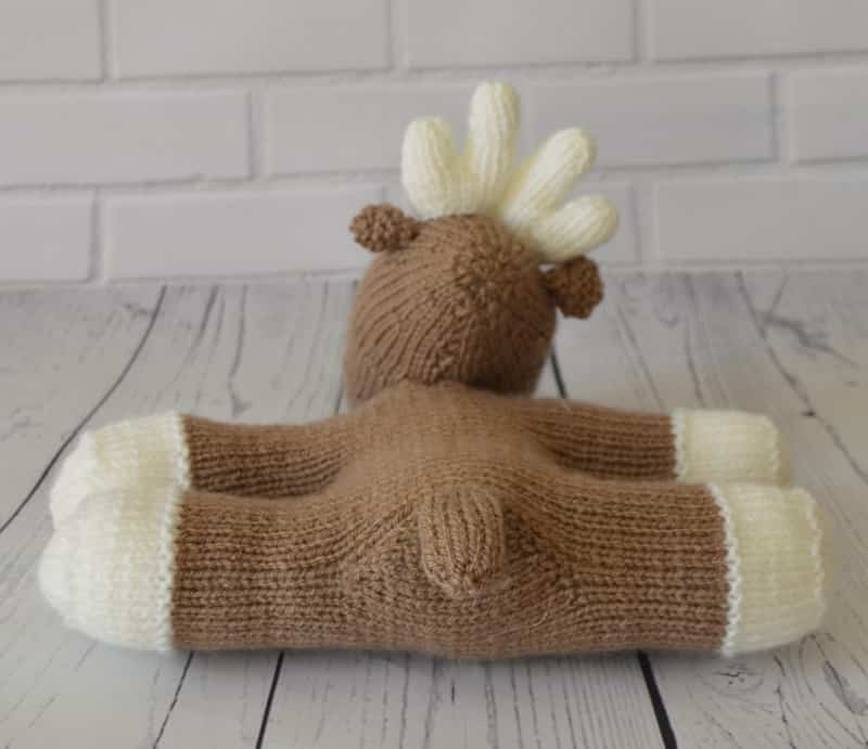 Lazy Reindeer Knitting Pattern   Knitting by Post