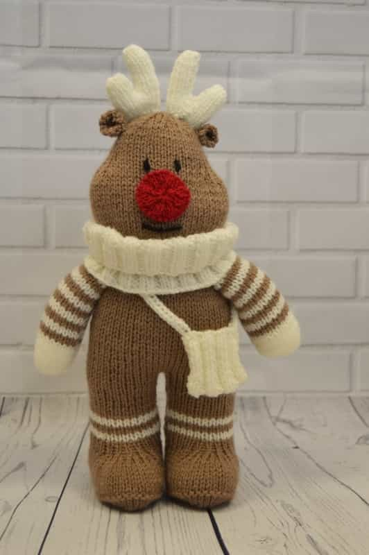 Reindeer Cushion Knitting Pattern Ipaafo For
