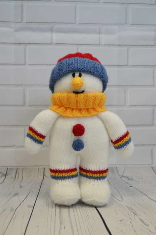 knitted snowman soft toy plushie knitting pattern