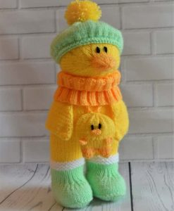 Duck in boots knitting pattern