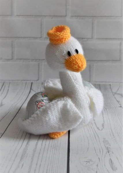 Swan knitting pattern