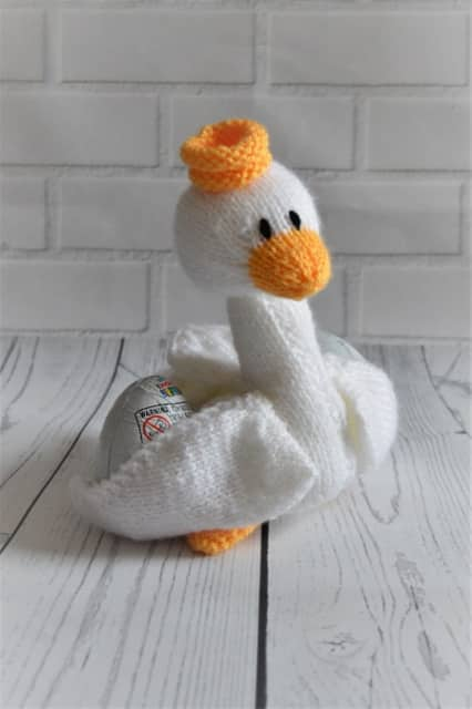 Swan knitting pattern