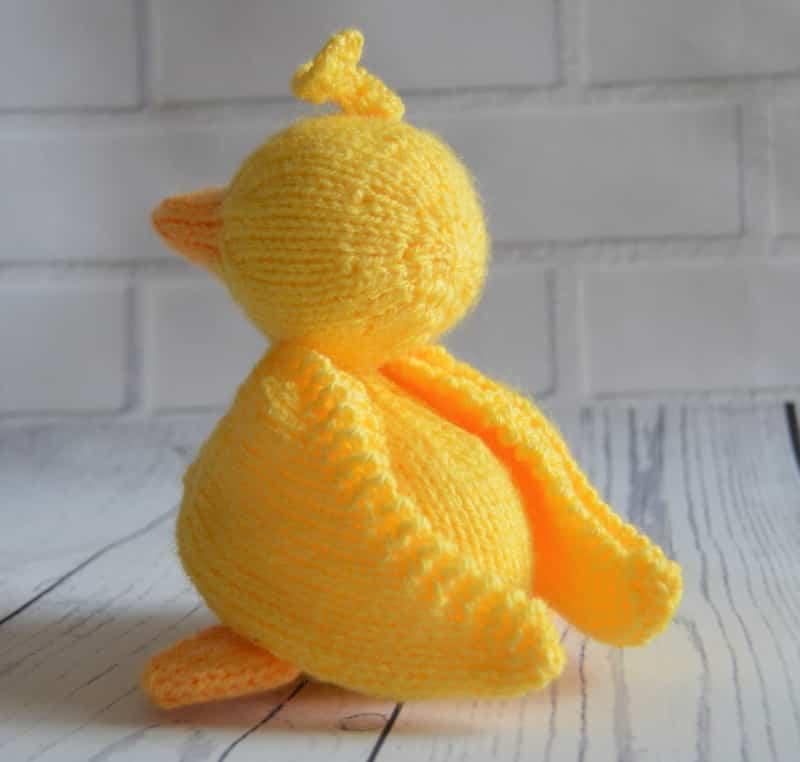 Scramble The Duck Knitting Pattern Knitting By Post