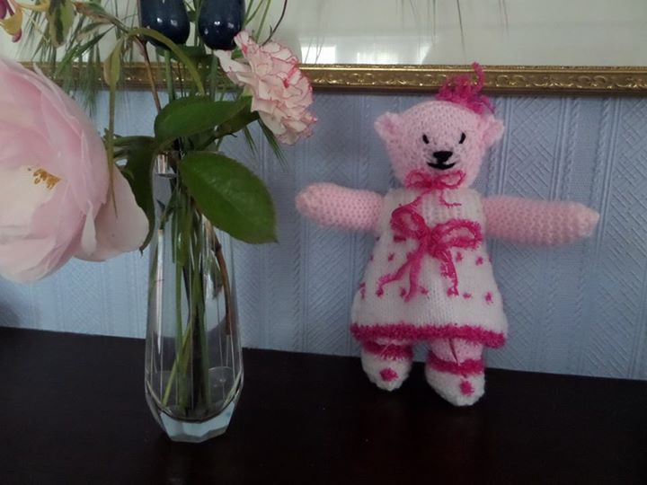 "Just finished the ""Present Bear""  Shas a little bag to pop a small gift in!"