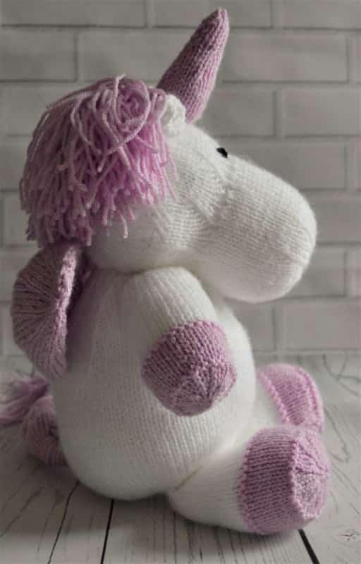 Unicorn Knitting Pattern Free : Sprinkle the unicorn knitting by post