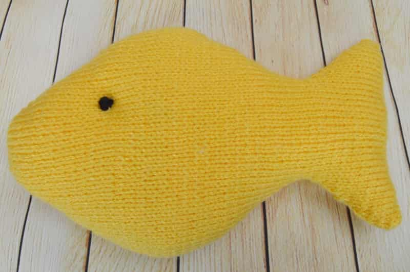 Knitted Fish Patterns : Gone Fishing   Knitting by Post