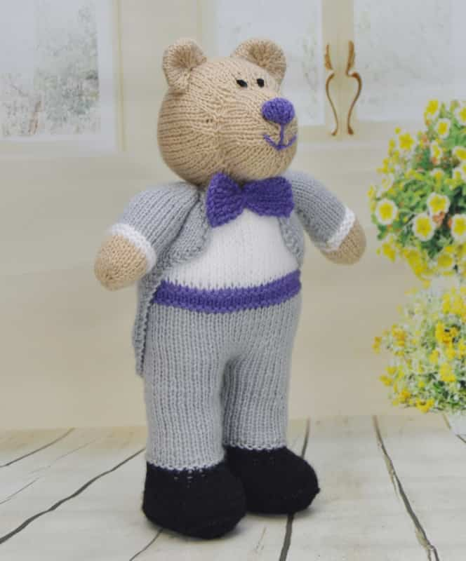 Bearly Wed – Knitting by Post