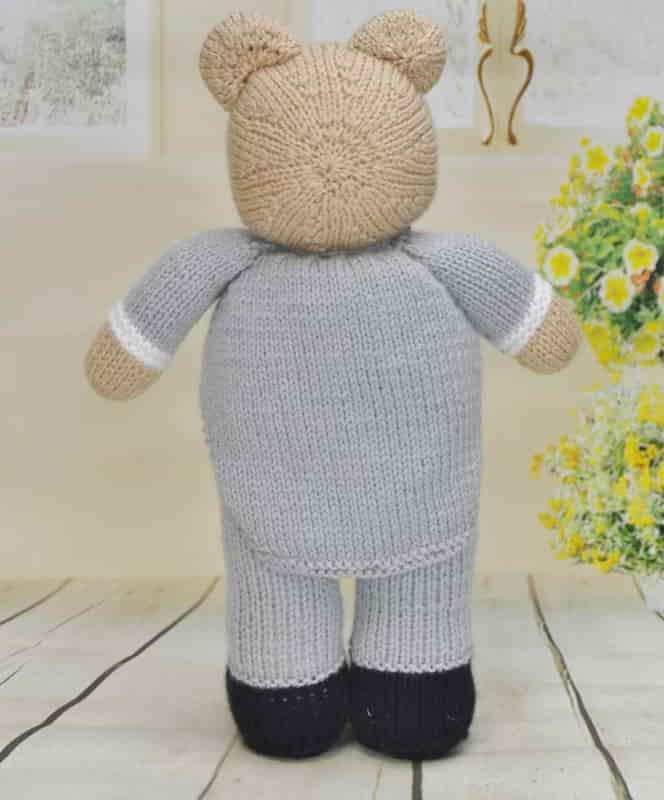 Wedding Knitting Patterns : Bearly Wed   Knitting by Post