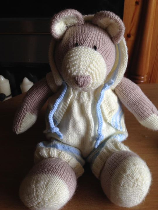 My all in one bear finished and ready for its new home. I used blue trim for the clothing as it's for a very special new born baby boy in Spain.
