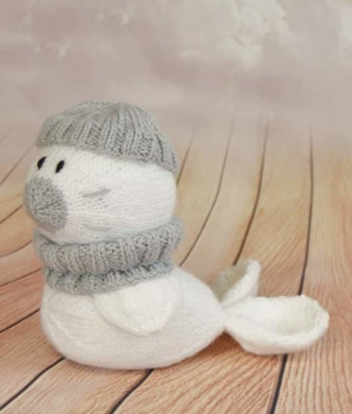 knitted seal pattern