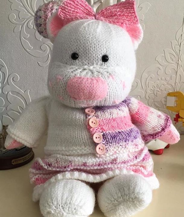 Knitting Groups Near Me : Betty sheldon page knitting by post