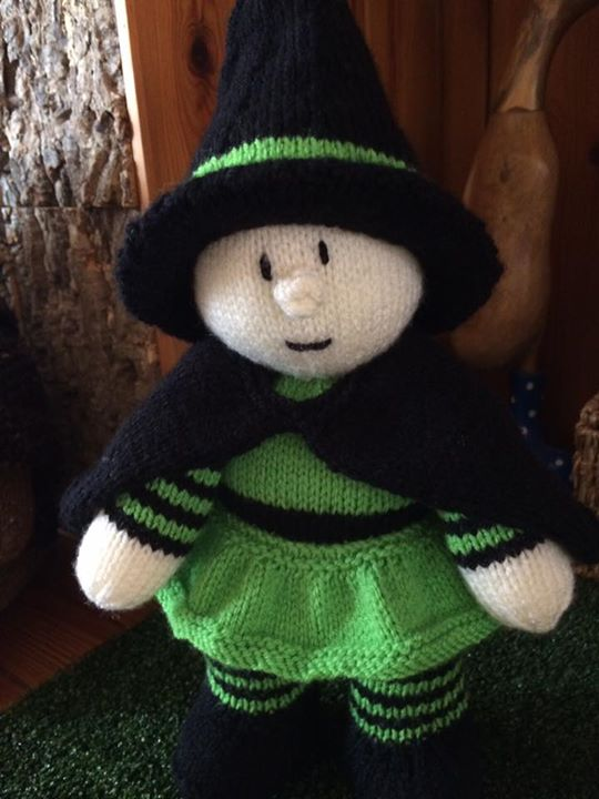 Meet Winnie the witch this is another super pattern to knit