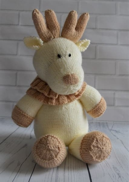 Angel Bear Knitting Pattern : Reindeer Softie   Knitting by Post