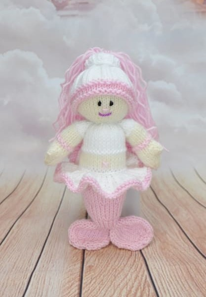 Little knitted mermaid