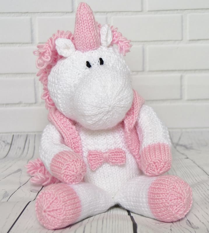 Skylar The Unicorn Knitting By Post