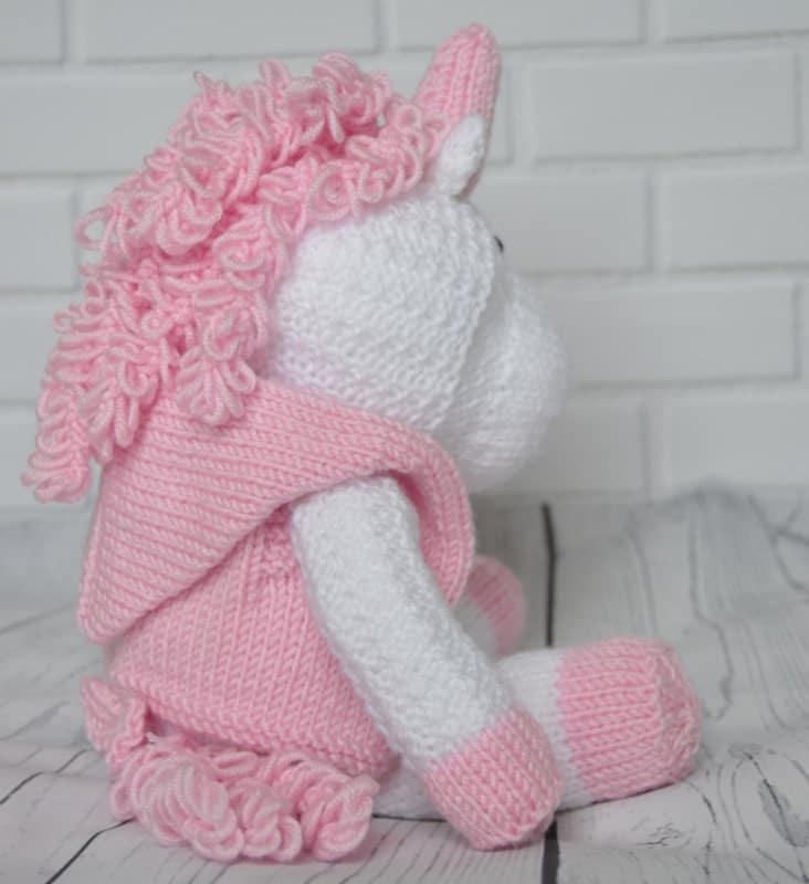 Skylar the Unicorn Knitting Pattern - Knitting by Post