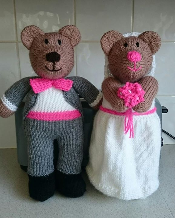 Thankyou Betty Sheldon for adding me. Much appreciated. This is my version of Bearly Wed. Did them as a wedding gift for friends. They were delighted.