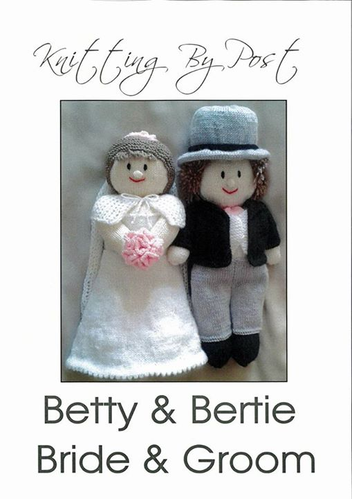 I need some help who has already knitted the bride and groom? I need the size of the ready knitted toys please.