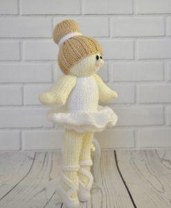 knitted ballerina