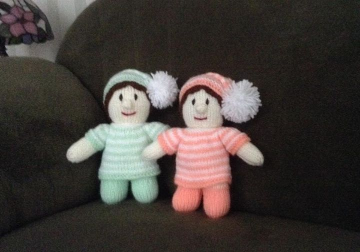 Love these little dolls, had trouble with the skull cap mentioned in the pattern so did a full head of hair instead.