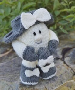 knitted egg character pattern
