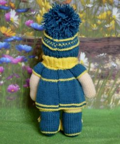 knitted lilly doll